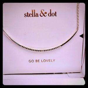 Stella & Dot Silver Crescent necklace
